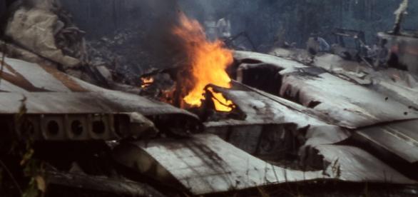 Un Boeing al Philippine Airlines s-a prăbușit