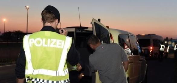 Imigranții au fost găsiți după un control de rutină