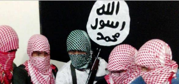 """Statul Islamic amenință cu noi atacuri """"SPECTACULOASE"""" pentru a dovedi că încă sunt o amenințare"""