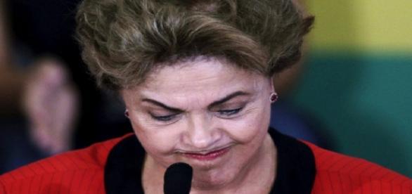Viagem de Dilma pode ser cancelada pela justiça