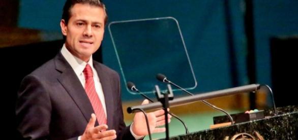Enrique Peña Nieto propone legalizar la marihuana