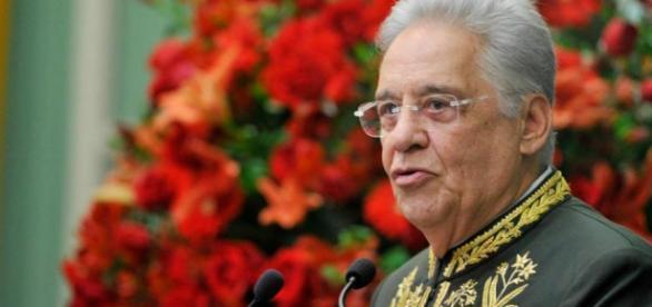 Fernando Henrique Cardoso criticou o deputado Jair Bolsonaro em sua página do Facebook (reprodução/Facebook)