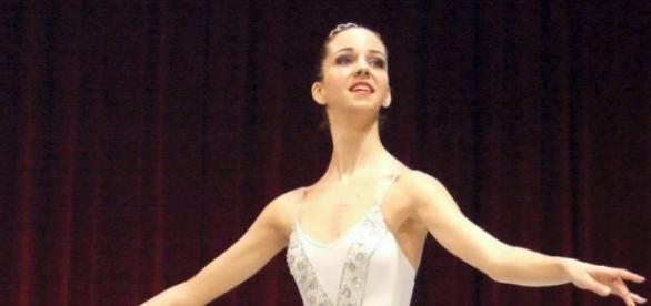 O balerină româncă moartă subit