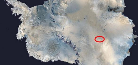 Un lac misterios descoperit in Antarctica