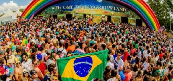 Morre homem durante festival Tomorrowland Brasil