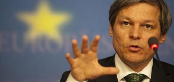 Dacian Cioloș nu vrea să dea nici un ban TVR