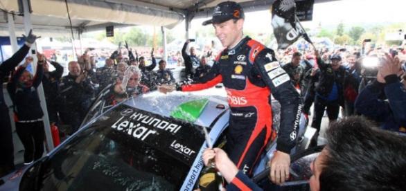 El neozelandés Paddon logró en Córdoba su primera victoria en el Mundial de rally