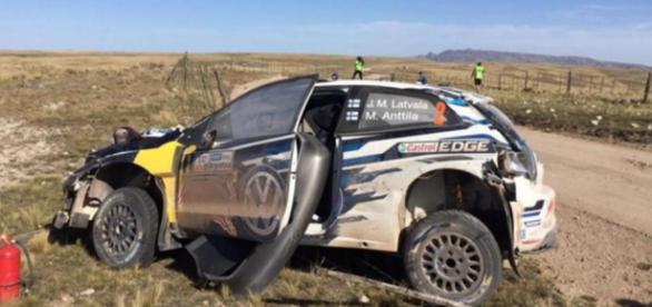 Latvala sufrió un vuelco en el PE14 y abandonó el Rally de Argentina