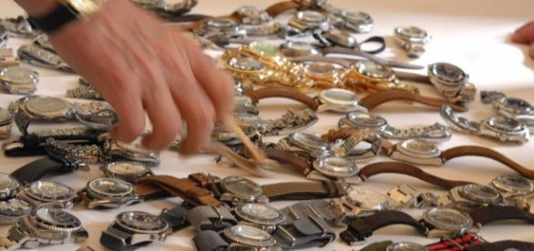 A obținut o avere pe un ceas rupt cumpărat de la vechituri