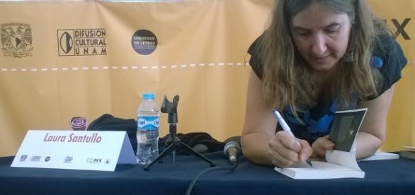 Este año acudieron cerca de 24 mil personas a la Feria del Libro y la Rosa, reporta La Jornada