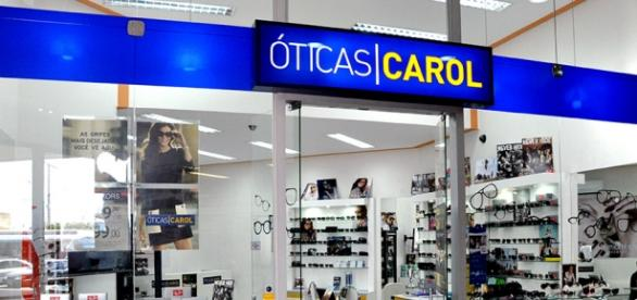 Óticas Carol é uma das maiores redes de varejo ótico do Brasil