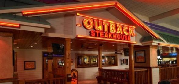 Outback Steackhouse apresenta estilo rústico