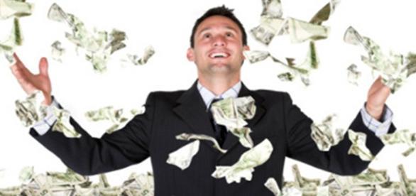 Alerj oferece bolsa de quase R$ 2 mil reais