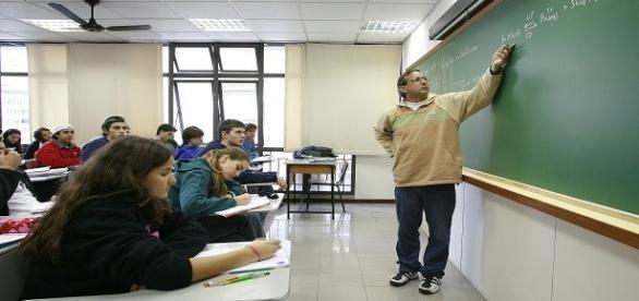 Confira as vagas na área da educação