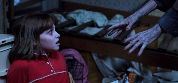 """""""Invocação do Mal 2"""" é um dos filmes de terror mais aguardados do ano. O primeiro filme da franquia arrecadou mais de 300 mil dólares pelo mundo."""