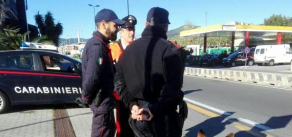 O temută infractoare româncă căutată în toată Italia