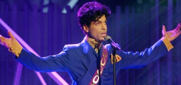 Prince morreu aos 57 anos e seria seropositivo