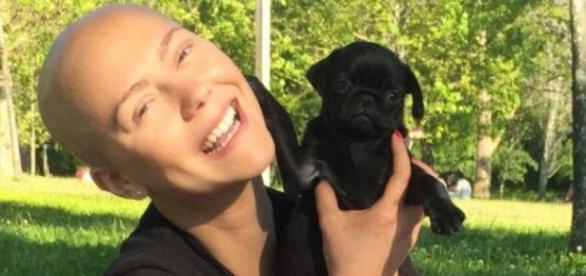 Sofia Ribeiro tem uma nova cadelinha