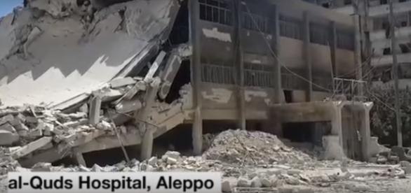 Hospital após bombardeio (Foto: Reprodução/Syria Direct)