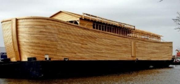 Según el carpintero holandés, ésta es una réplica exacta del arca de Noé
