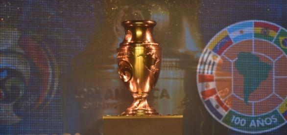 Trofeo especial para la disputa de la Copa América Centenario en Estados Unidos