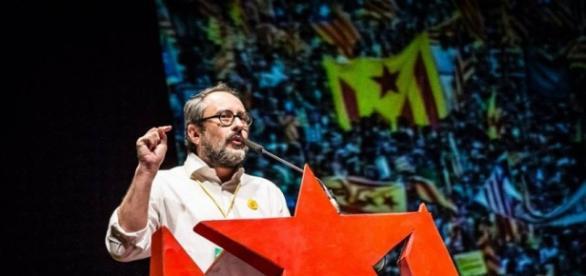 Antonio Baños pone a caldo a la progresía actual del Estado español.