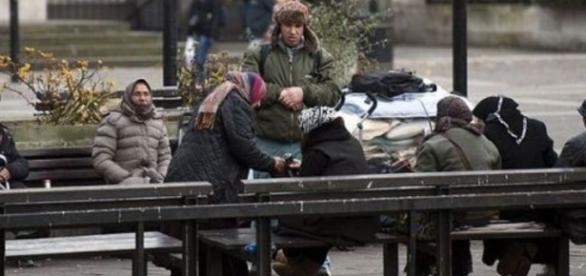 Cerșetorii din România au bătut un imigrant