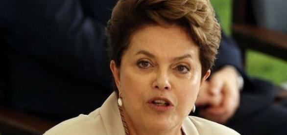 Dilma Roussef divide opinião entre artistas (Foto: Reprodução/Jornal do Brasil)