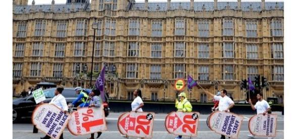 Noi legi intră în vigoare în Regatul Unit
