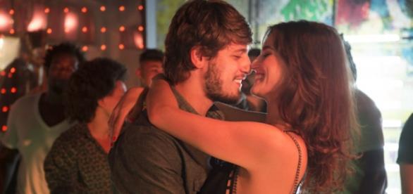 Rafael era apaixonado por Sofia, mas hoje não acredita mais nela.