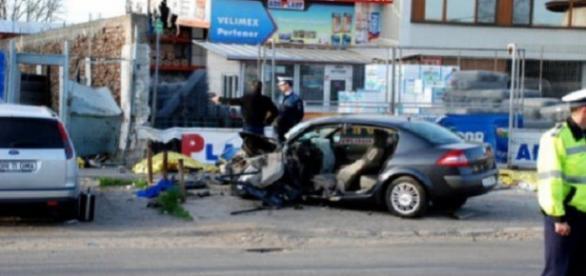 Cinci oameni au murit într-un grav accident în Brăila