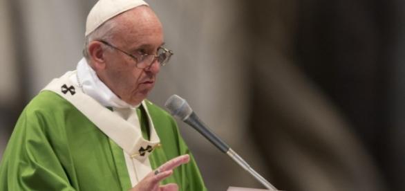 Francisco: gays e divorciados são bem-vindos.