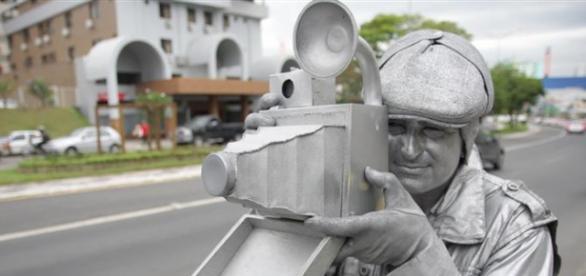 Artista de rua exemplo de dedicação
