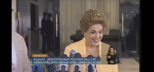 Dilma arrasa ao responder jornalista