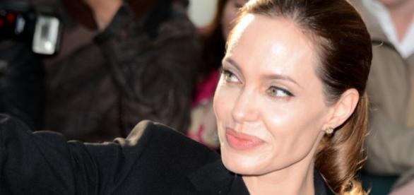Não é a primeira vez que Angelina e Brad são vítimas de histórias falsas criadas pelos tablóides