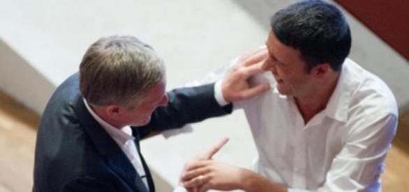 Nella foto il Presidente del Consiglio, Renzi, e Gianni Cuperlo