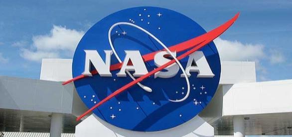 Criação de logo para projeto da Nasa