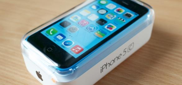 iPhone 5C. Karlis Dambrans/Flickr.