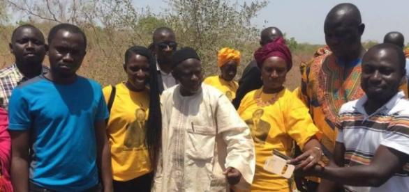 Ousainou Darboe (Middle) surrounded by his supporters. Photo Credit: UDP Gambia