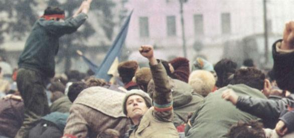 Revoluția anticomunistă din decembrie 1989