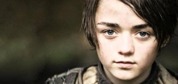 Saiba tudo sobre a 6ª temporada de Game of Thrones em uma entrevista com Maisie Williams, a jovem Arya!