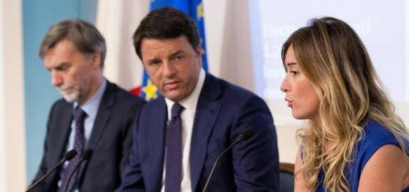 Delrio, Renzi e Boschi a Palazzo Chigi