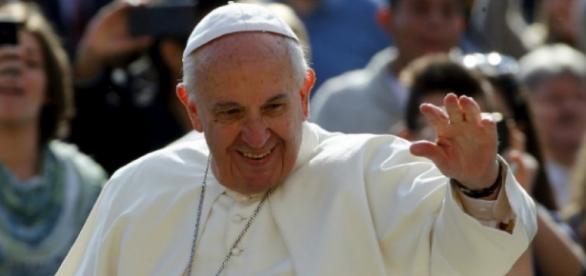 El Papa viajará a Grecia para visitar a los refugiados