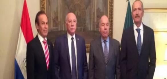 Foto: Ministério da Defesa - Ministros reunidos em Assunção para acordo bilateral