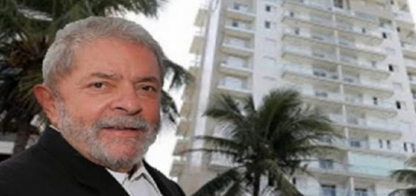 Lula e o seu suposto triplex, no Guarujá