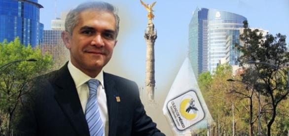 Miguel A. Macera y el Hoy No Circula