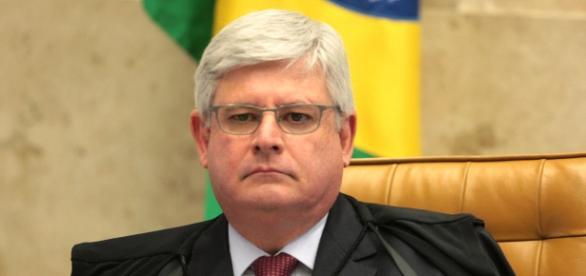 Procurador Geral da República, Rodrigo Janot, dá parecer contrário à nomeação de Lula como ministro do governo Dilma.