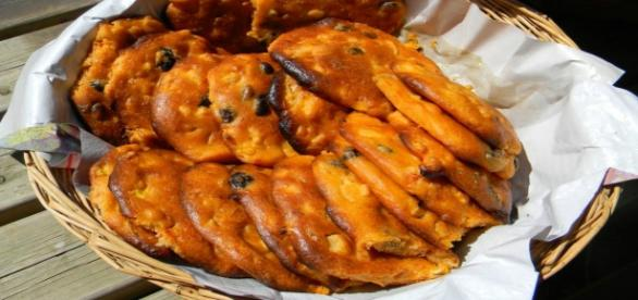 Pizzi leccesi: morbidi panini rustici
