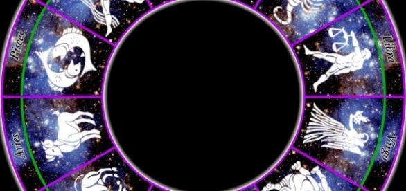 Horoscopul zilei de 2 mai 2016