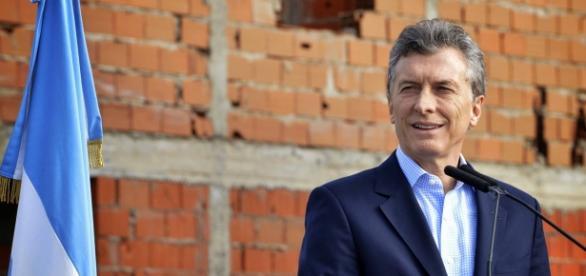 Macri reconhece governo de Temer